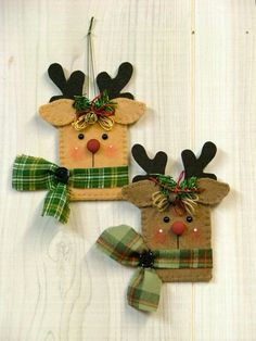 Craft christmas reindeer felt ornaments ideas for 2019 Felt Christmas Ornaments, Diy Christmas Cards, Christmas Sewing, Handmade Christmas, Christmas Fun, Reindeer Ornaments, Ornaments Ideas, Christmas Breakfast, Christmas Projects