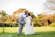 Wedding Photography, Weddings, Couple Photos, Couples, Wedding Dresses, Fashion, Wedding Shot, Moda, Bodas