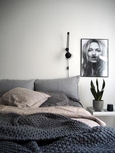 Tunnelmia viikon varrelta / Home pics Aesthetics, Bedroom, Life, Furniture, Home Decor, Decoration Home, Room Decor, Bedrooms, Home Furnishings