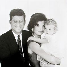 John F. Kennedy, Jackie Kennedy and Caroline Kennedy Caroline Kennedy, Jacqueline Kennedy Onassis, John Kennedy, Estilo Jackie Kennedy, Senator Kennedy, Les Kennedy, Jaqueline Kennedy, Sabrina Carpenter, George Clooney