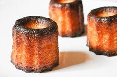 Une recette facile, détaillée et soigneusement testée pour faire des canelés bordelais (ou cannelés) bien croustillants et savoureux.