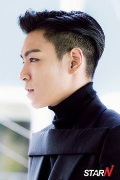 Dear TOP, Please cosplay as Spock. Women's Fashion Trends Dear TOP, Please cosplay … Asian Boy Haircuts, Hipster Haircuts For Men, Hipster Hairstyles, Choi Seung Hyun, Sung Hyun, Seungri, Top Bigbang, Spock, Cosplay