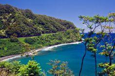Maui Hawaii | Hamoa Beach, Maui, Hawaii - Maui Island, Hawaii - Hana Area Beach ...