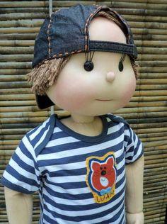 LUAN Doll Clothes Patterns, Doll Patterns, Doll Tutorial, Fabric Dolls, Fabric Art, Waldorf Dolls, Boy Doll, Soft Dolls, Doll Face