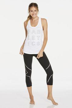 Calgary dos estrellas reflectantes en tus leggings que te permitirán ir a correr de noche #Fableticswishlist #FableticsES
