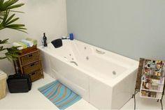 Tem coisa melhor que relaxar em uma banheira de hidromassagem?   #decoração #design #madeiramadeira