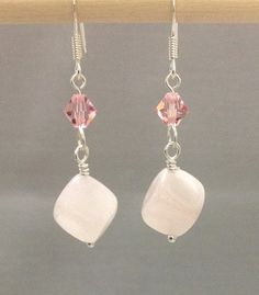 Hey, I found this really awesome Etsy listing at https://www.etsy.com/il-en/listing/247287458/natural-rose-quartz-earring-with