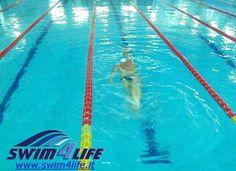 Swim4life_tecnica_gambe_nuoto_03