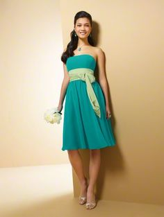 Love this dress and the colors. Perfect for a spring wedding! #alfredangelo #bridesmaid #dress