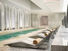 Lapis Spa offers different water journeys at this Miami day spa. Take a dip in a mineral bath or glide through a rain tunnel before a luxury spa treatment at this Miami Beach spa hotel. Spa Interior, Piscina Interior, Interior Design, Best Hotels In Miami, Miami Beach Hotels, Spa Luxe, Luxury Spa, Luxury Resorts, Luxury Accommodation