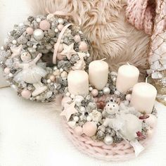 Christmas Advent Wreath, Pink Christmas Decorations, Winter Christmas, Christmas Home, Handmade Christmas, Tree Decorations, Christmas Crafts, Holiday Decor, Shabby Chic Ornaments