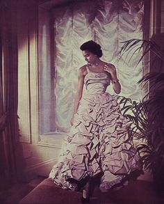Christian Dior, photo by H. de Segonzac, 1948