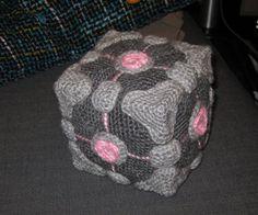 Companion Cube - free crochet video game amigurumi patterns