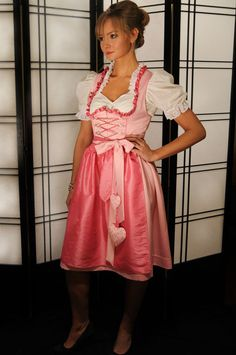 Absolutely love this dirndl and what it represents! Wear it for my tante <3
