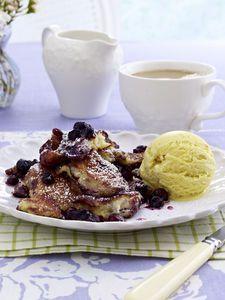 Blaubeer-Schmarrn mit Vanilleeis #dessert #vegetarisch