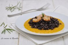 Riso venere crema di zucca e gamberetti Rice Recipes, New Recipes, Vegetarian Recipes, Healthy Recipes, Black Food, Quinoa Rice, Soul Food, Food Photo, Italian Recipes