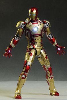Hot Toys Iron Man MK XXLII die cast action figure