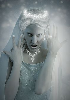 THE SNOW QUEEN by NebelelfeNaemy on deviantART