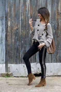 """ : Alice rises up Estilo Fashion, Boho Fashion, Womens Fashion, Fashion Trends, Winter Fashion Outfits, Fall Outfits, Casual Outfits, Style Olivia Palermo, Estilo Hippie"