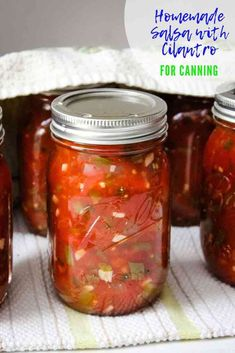 Homemade Salsa recipe for Canning is made with fresh tomatoes, cilantro, and jalapenos is a great way to preserve your garden havest and enjoy it year round Canning Homemade Salsa, Canned Salsa Recipes, Fresh Salsa Recipe, Cilantro Recipes, Canning Salsa, Fresh Tomato Recipes, Canned Foods, Canning Peppers, Canning Tomatoes