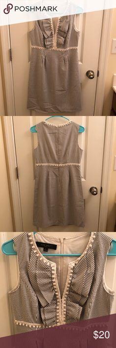 Nine West Seersucker Dress Nine West Seersucker Dress, Size 6 Nine West Dresses Midi