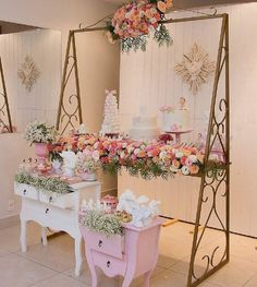 Quinceanera Party Planning – 5 Secrets For Having The Best Mexican Birthday Party Sweet Table Decorations, Birthday Party Decorations, Party Themes, Birthday Parties, Wedding Decorations, Ideas Party, Vitrine Design, Bridal Shower, Baby Shower