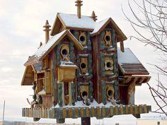 for the birds Birdhouse bird house! Bird Cages, Bird Feeders, Luxury Condo, Paperclay, Fairy Houses, Little Houses, Yard Art, Beautiful Birds, Habitats