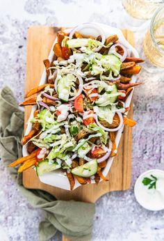 Heerlijk (vegan) recept voor een gerecht met zoete aardappel en rauwkost. Tacos, Mexican, Ethnic Recipes, Mexicans