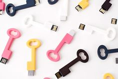 Clé USB A cleverly designed flash drive that hooks to your keys.