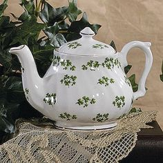 Irish Spring Tea Pot, happy St. Patrick Day, pa.