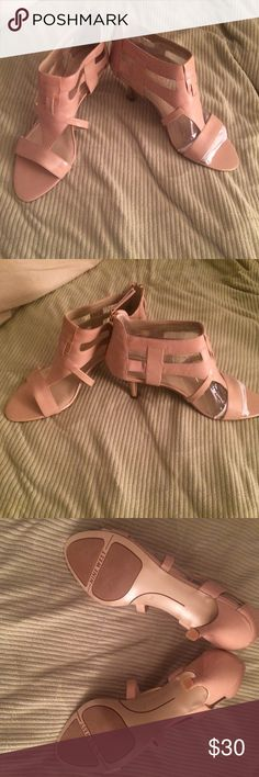 "☀️ NEW NINE WEST TAN SANDAL CUT OUT SANDAL WITH 2 1/2"" KITTEN HEELS. ZIP BACK. FIT TRUE TO SIZE (37 M) Nine West Shoes Sandals"