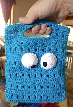 Cookie Monster Bag pattern by Mel Dahms  ~ free pattern