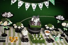 Looking for the newest and best party ideas? Kara's Party Ideas is the place for all things party! Come in and see what is trending in the party world! Dessert Party, Party Desserts, Dessert Table, Soccer Birthday Parties, Soccer Party, Sports Party, Soccer Banquet, Golf Party, Party Fun