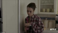 . Young Actresses, British Actresses, Lily Collins, Cinema Quotes, To The Bone Movie, Relapse, Woman Face, Bones, Skinny