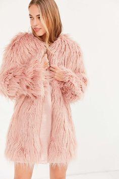 Kimchi Blue Stella Shaggy Faux Fur Coat - Urban Outfitters