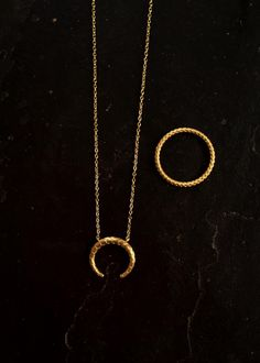 My Favourite #Hvisk #HviskStylist #Jewellery #Retro #Retrovibes #Wood #Stone #Rhodium #Gold #Diamonds #Pendant