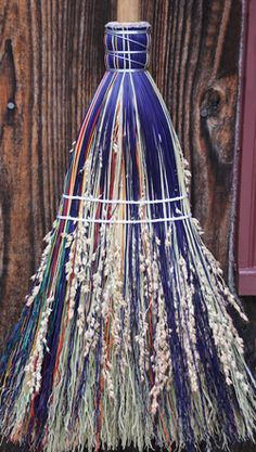 Broom Corn, Witch Broom, Brooms And Brushes, Traditional Witchcraft, Wiccan Spell Book, Wiccan Crafts, Witch Decor, Witch Aesthetic, Crafts To Make And Sell