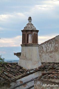 Chaminé oitavada do final do Séc.XIX, Algarve-Portugal