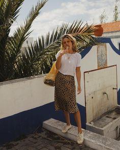 Portugal's Best Kept Secret (Fashion Me Now) Fashion Me Now, Look Fashion, Fashion Outfits, Womens Fashion, Fashion Design, Fashion Tips, Fashion Trends, Mango Fashion, Ladies Fashion