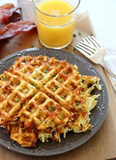 Cheesy Waffled Hash Browns is the delicious breakfast side dish you need make. Every bite of perfectly crisp and cheesy hash browns. Make for a crowd and top with eggs and bacon for the perfect brunch. Hashbrown Waffles, Cheesy Hashbrowns, Savory Waffles, Cornbread Waffles, Potato Waffles, Chicken And Waffles, Potato Casserole, Potato Soup, Side Dishes