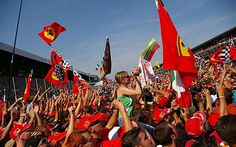 Comprehensive guide to tickets and where to sit and watch the action at Monza for the 2014 Italian F1 Grand Prix