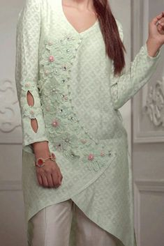 Kurti Neck Designs, Kurti Designs Party Wear, Sleeve Designs, Blouse Designs, Neckline Designs, Pakistani Fashion Casual, Pakistani Dresses Casual, Pakistani Dress Design, Full Sleeves Design