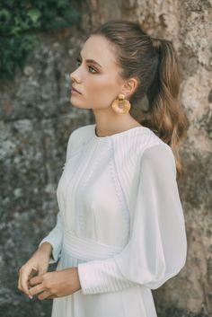 It's My Valentine: Faith: María Baraza Ellie Saab Wedding, Modest Wedding Dresses, Wedding Looks, Bridal Collection, Elegant Wedding, Bridal Hair, Wedding Styles, Wedding Hairstyles, Evening Dresses