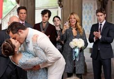 Chuck and Blair! AHH! Can't wait for the wedding!^.^