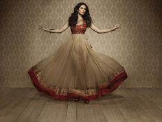 Namrata G. red and beige anarkali. Photo by Vishal Kullarwar