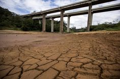 Sem chuva, nível do Cantareira cai para 19,7% - http://po.st/Rud0tc  #Política - #Água, #Cantareira, #Chuva, #NívelDoCantareiraHoje, #Sabesp, #SistemaCantareira