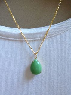 Items similar to Vintage Stone Pendant Necklace - Opaque Green - Teardrop - Gold on Etsy Stone Pendants, Jewelries, Frost, Handmade Items, Jewelry Accessories, Pendant Necklace, Pretty, Green, Gold