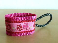SEPPY Reißverschlussanhänger Eule Owl Pink von Klitzefanten auf DaWanda.com