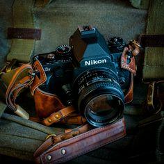 Kaza Deluxe Italian leather camera case for Nikon DF