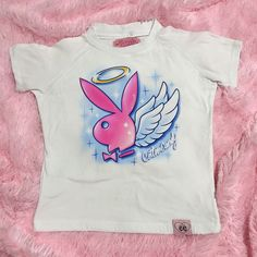 PLAYBOY PURE BLOUSE SHIPS ON Dic 15 – Cotton Candy Apparel Airbrush Designs, Airbrush Art, 2000s Fashion, Fashion Outfits, Airbrush Shirts, Traditional Japanese Tattoos, Aesthetic T Shirts, Face Painting Designs, Painting Tutorials